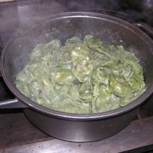 Tortelloni in cottura