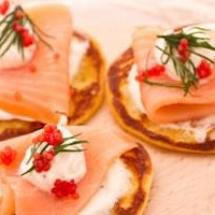 Blinis al salmone