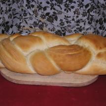 Treccia di pane bianco